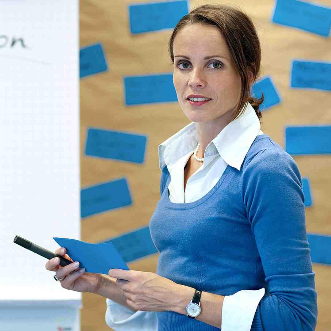 Anna unterrichtet bei Sprechart